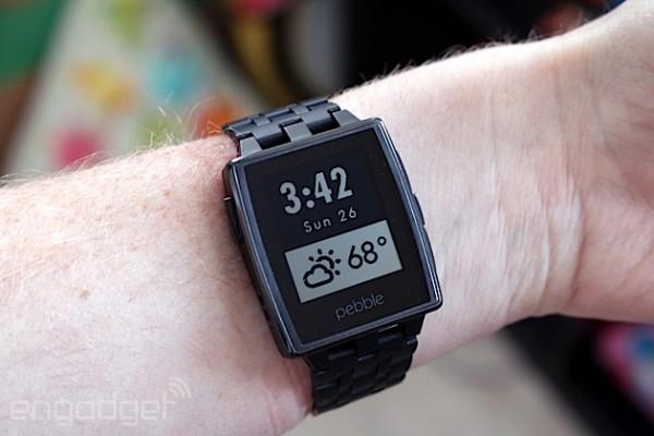 【康宁大猩猩玻璃被选作新型PEBBLE智能手表的保护玻璃】